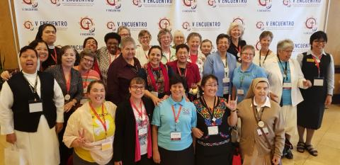 LCWR delegation and Hispanic sister delegates to V Encuentro